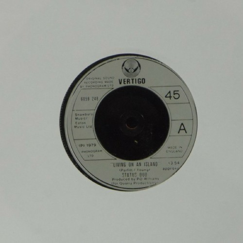 "Status Quo<br>Living On An Island<br>7"" single"