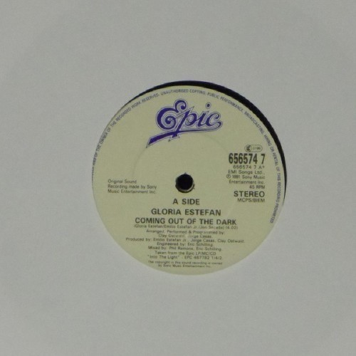 "Gloria Estefan<br>Coming Out Of The Dark<br>7"" single"