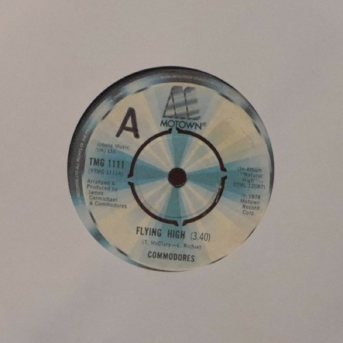 "Commodores<br>Flying High<br>7"" single"